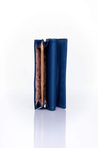 Granatowy zamszowy portfel z geometrycznym motywem                                  zdj.                                  5