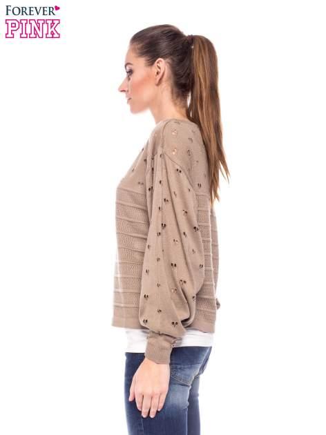 Jasnobrązowy ażurowy sweter w serduszka                                  zdj.                                  3