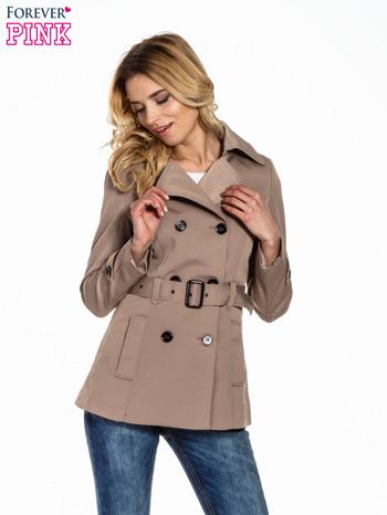 Jasnobrązowy krótki płaszcz trencz