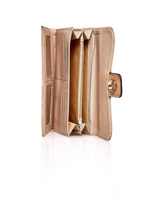 Jasnobrązowy portfel z zapięciem na magnes                                  zdj.                                  5