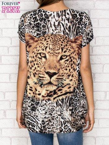 Jasnobrązowy t-shirt z nadrukiem pantery z dżetami