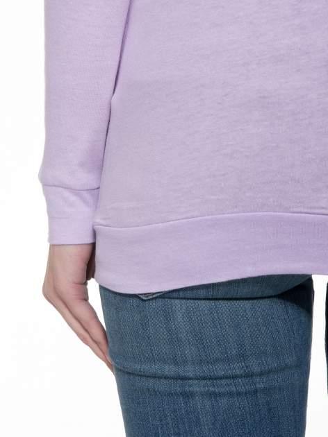 Jasnofioletowa bawełniana bluzka z rękawami typu reglan                                  zdj.                                  8