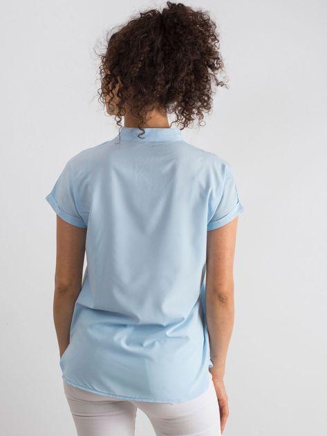 8a2bd1c9c6 Jasnoniebieska bluzka Moonlight - Bluzka na co dzień - sklep eButik.pl