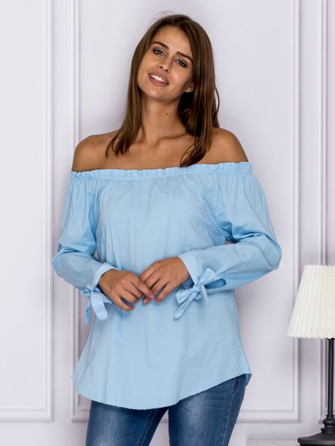 Jasnoniebieska bluzka z wiązaniami na rękawach                                  zdj.                                  1