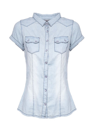 Jasnoniebieska koszula jeansowa z przetarciami na krótki rękaw                                   zdj.                                  2