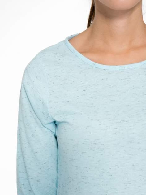 Jasnoniebieska melanżowa bluzka z rękawami 3/4                                  zdj.                                  6