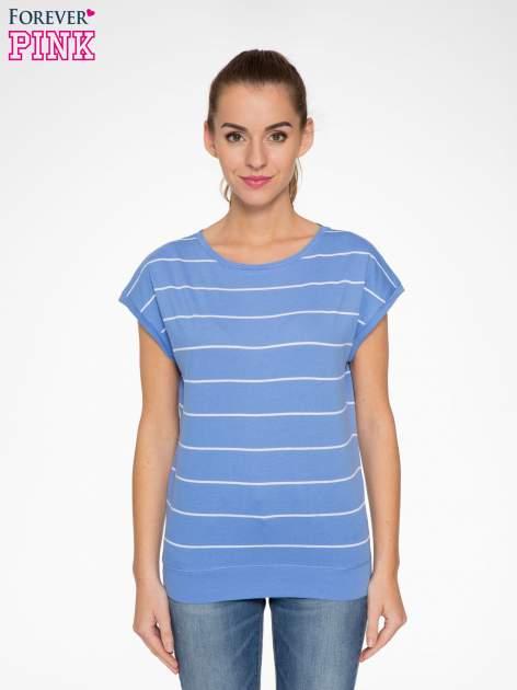 Jasnoniebieski t-shirt w paski                                   zdj.                                  1