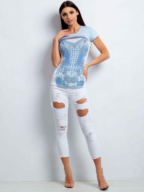 Jasnoniebieski t-shirt z kwiatowym nadrukiem                              zdj.                              4