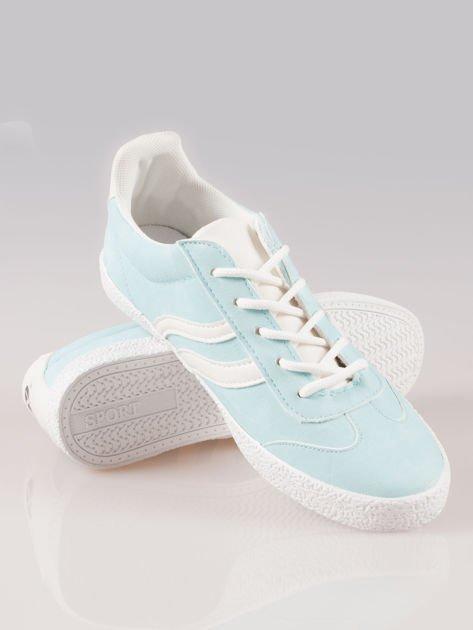 Jasnoniebieskie buty sportowe w stylu casual Kash                                  zdj.                                  4