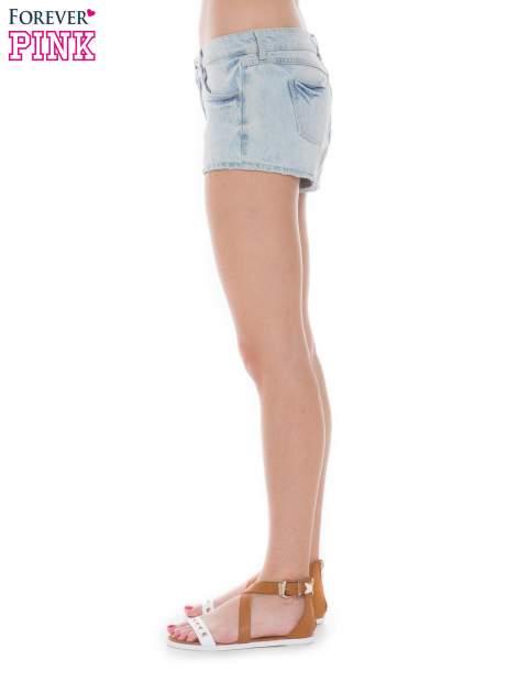 Jasnoniebieskie jeansowe szorty                                  zdj.                                  3