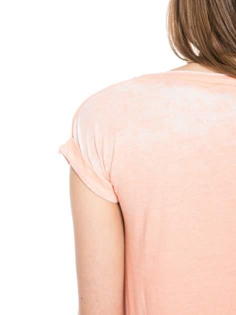 Jasnopomarańczowy t-shirt z nadrukiem tygrysa                                  zdj.                                  8
