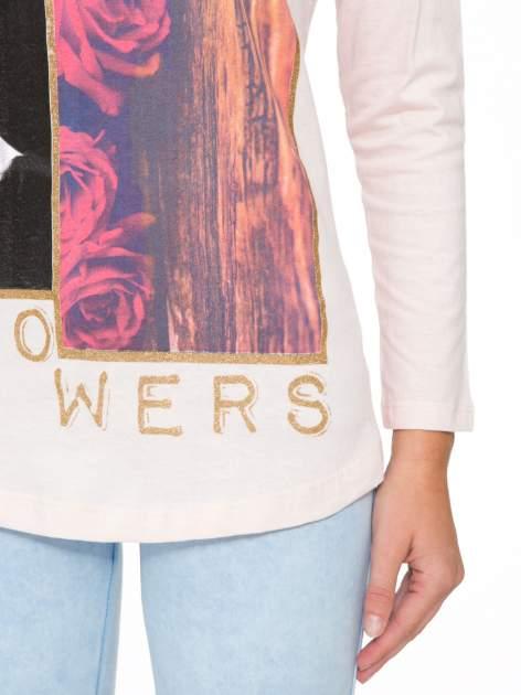 Jasnoróżowa bluzka z brokatowym napisem FASHION FLOWERS                                  zdj.                                  7