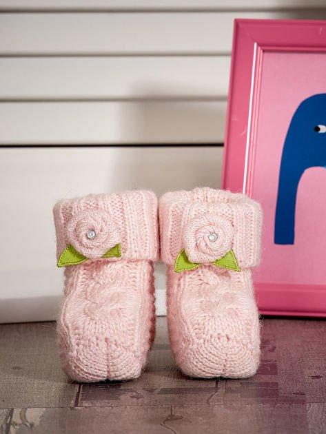 Jasnoróżowe buciki dziewczęce z kwiatuszkami                              zdj.                              1