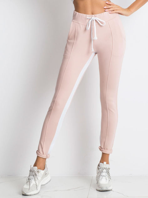 Jasnoróżowe spodnie dresowe Defined                              zdj.                              1