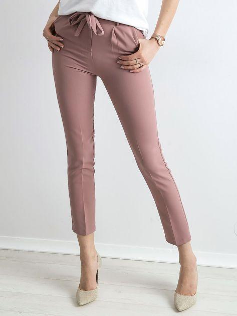 Jasnoróżowe spodnie z wiązaniem                               zdj.                              1