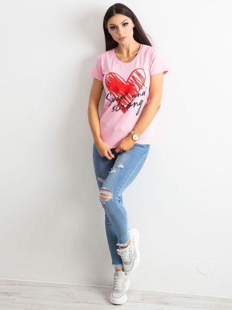 Jasnoróżowy damski t-shirt z bawełny                               zdj.                              4