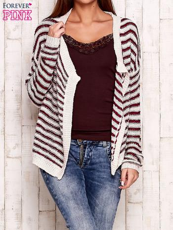 Jasnoróżowy otwarty sweter w paski                                  zdj.                                  1
