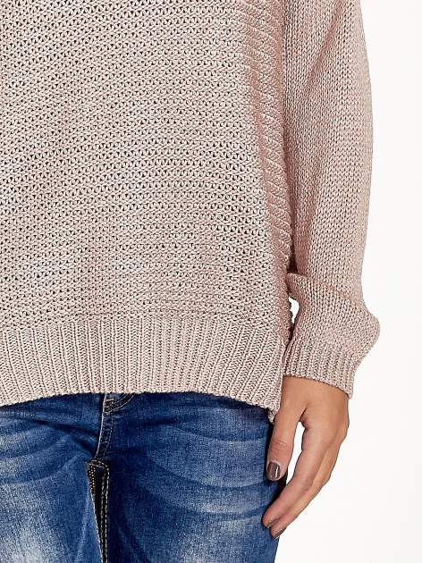 Jasnoróżowy sweter o większych oczkach                                  zdj.                                  7