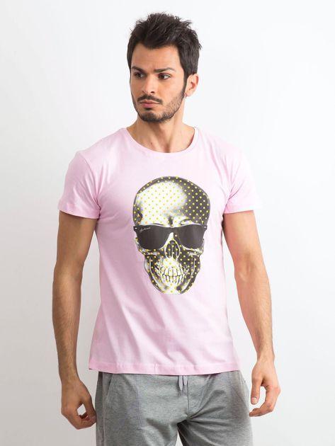 Jasnoróżowy t-shirt męski z nadrukiem                              zdj.                              1