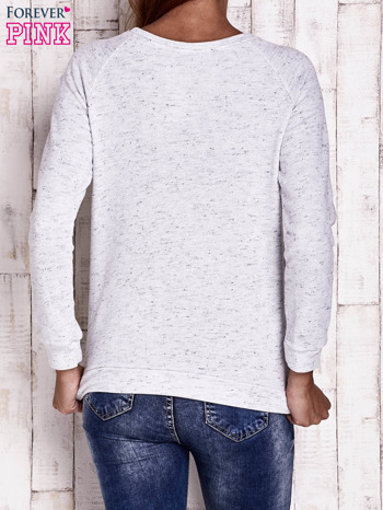 Jasnoszara bluza z napisem TO BE CALM IS A SUPER POWER                                  zdj.                                  2