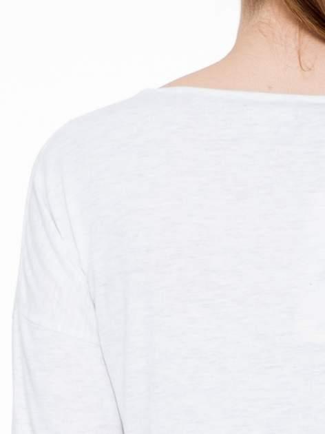 Jasnoszara luźna bluzka z rękawem 3/4                                  zdj.                                  6