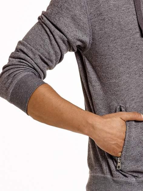 Jasnoszara melanżowa bluza męska z zasuwanymi kieszeniami                                  zdj.                                  6