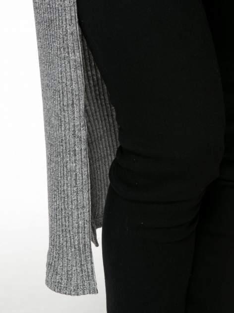 Jasnoszary długi prążkowany sweter kardigan                                  zdj.                                  6