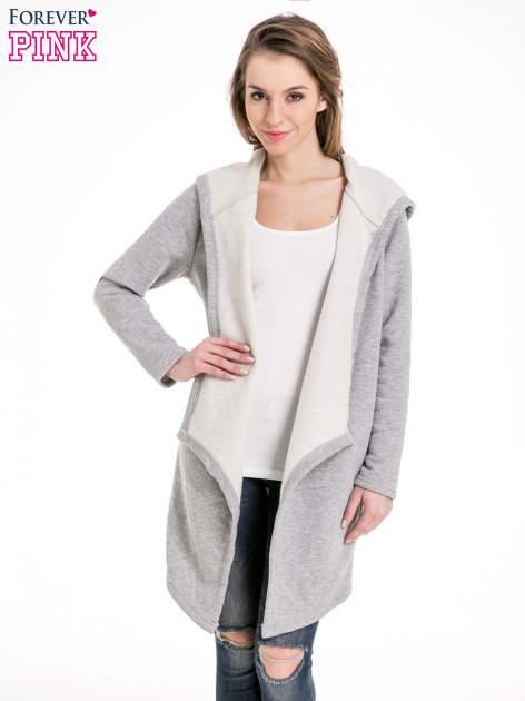 Jasnoszary dresowy płaszcz z kapturem i asymetrycznymi bokami