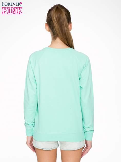 Jasnoturkusowa bluza z nadrukiem LOVE IS MY FAVOURITE COLOUR                                  zdj.                                  4