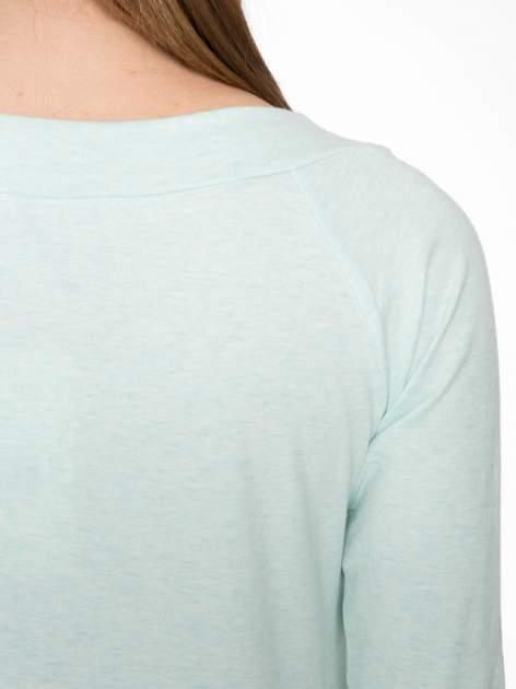 Jasnozielona gładka bluzka z reglanowymi rękawami                                  zdj.                                  7