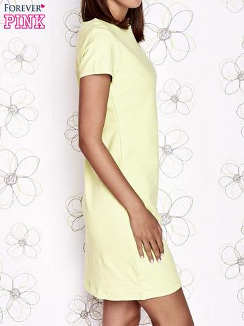 Jasnozielona sukienka dresowa o prostym kroju                                  zdj.                                  3