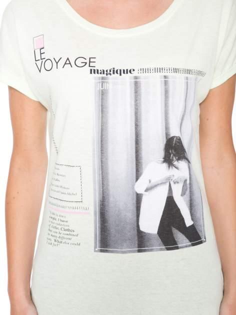 Jasnozielony  t-shirt z nadrukiem fashion                                  zdj.                                  6