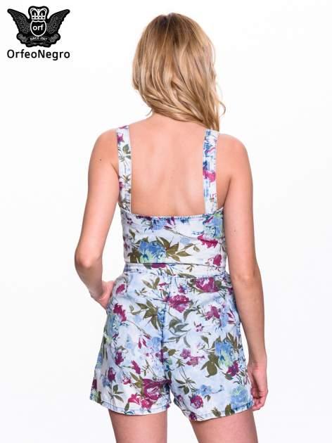 Jeansowy krótki kombinezon w kwiaty                                  zdj.                                  4