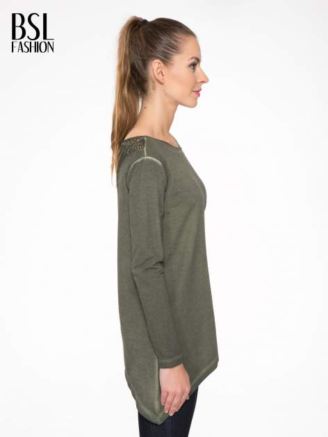 Khaki bluza z koronkową wstawką na plecach                                  zdj.                                  3