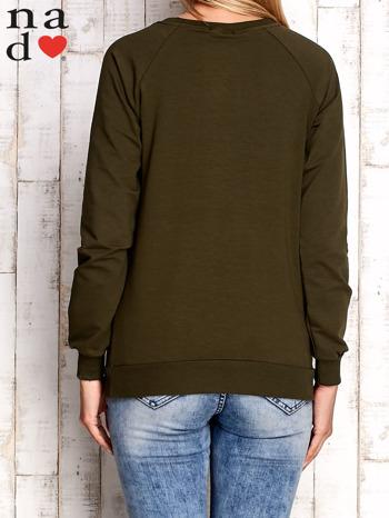 Khaki bluza z nadrukiem słonia                                  zdj.                                  2
