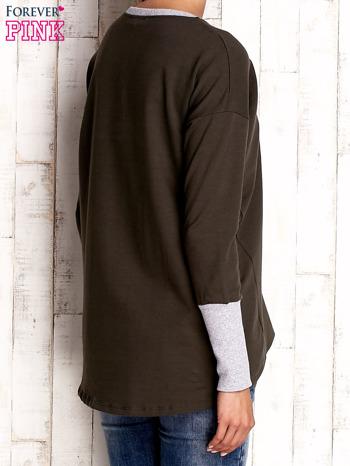Khaki bluza z wiązaniem i szerokim ściągaczem                                  zdj.                                  4