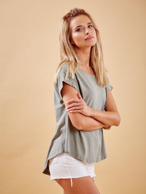 Khaki bluzka z guzikami z tyłu                              zdj.                              3