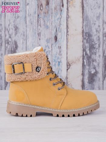 Khaki buty trekkingowe traperki ocieplane Lucid z wywiniętą wełnianą cholewką i ozdobnym zapięciem                                  zdj.                                  1