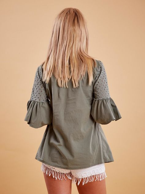 Khaki odcinana bluzka z szerokimi rękawami                              zdj.                              2