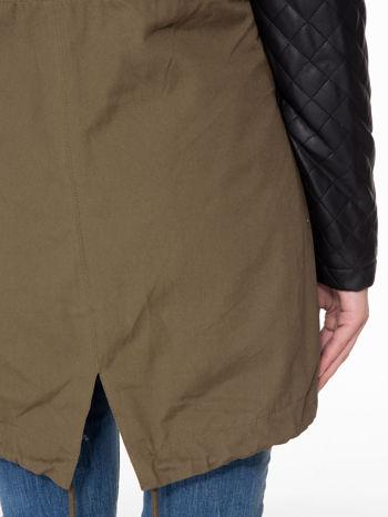 Khaki parka ze pikowanymi rękawami ze skóry                                  zdj.                                  7