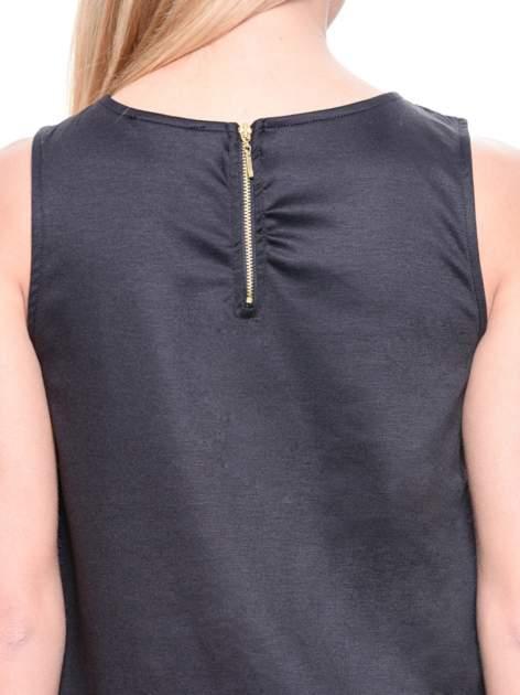 Khaki skórzana bluzka z łańcuszkiem przy dekolcie                                  zdj.                                  6