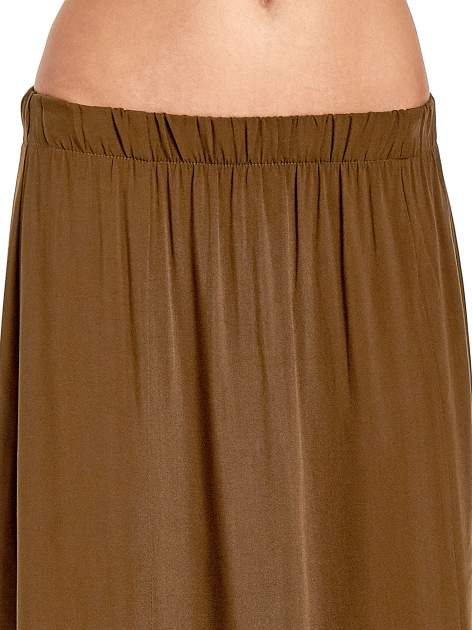 Khaki spódnica maxi z rozporkami z przodu                              zdj.                              5