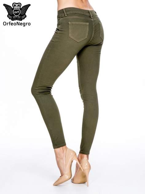 Khaki spodnie typu skinny z elastycznego materiału                                  zdj.                                  4