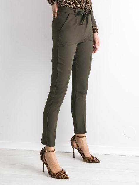 Khaki spodnie z wiązaniem                               zdj.                              3