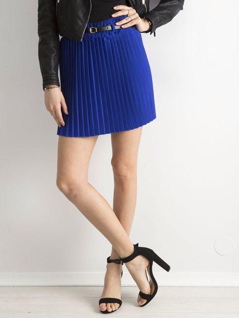 Kobaltowa plisowana spódnica z paskiem                              zdj.                              5
