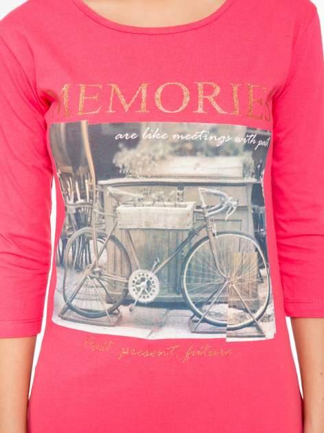 Koralowa bluzka z złotym brokatowym napisem MEMORIES                                  zdj.                                  8