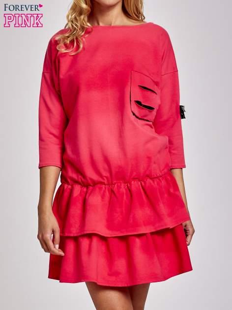 Koralowa sukienka dresowa ombre z podwójną falbaną                                  zdj.                                  1
