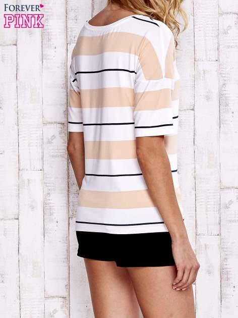 Koralowy t-shirt w kolorowe paski                                  zdj.                                  5