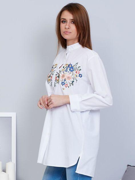 Koszula biała ze stójką i haftem                              zdj.                              3