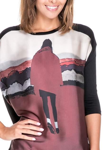 Koszula z satynowym przodem i nadrukiem kobiety                                  zdj.                                  5